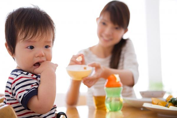 Cách khắc phục trẻ biếng ăn